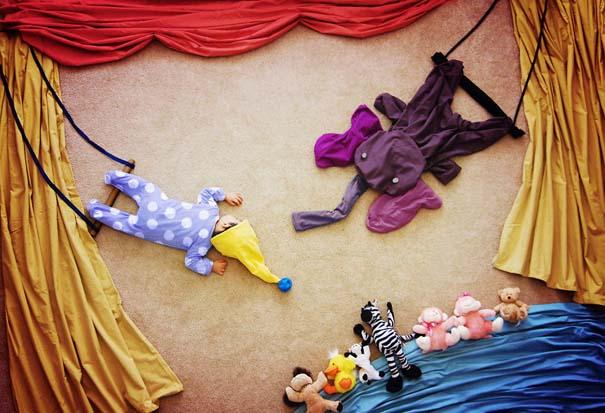Μητέρα μετατρέπει τον ύπνο του μωρού της σε φανταστικές περιπέτειες (4)