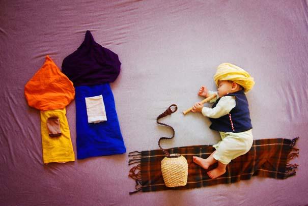 Μητέρα μετατρέπει τον ύπνο του μωρού της σε φανταστικές περιπέτειες (12)