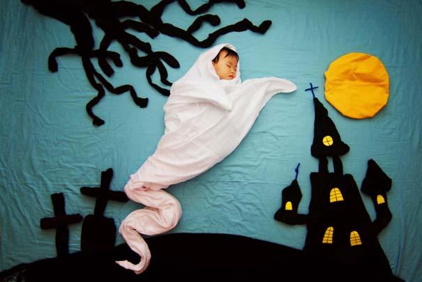 Μητέρα μετατρέπει τον ύπνο του μωρού της σε φανταστικές περιπέτειες (17)