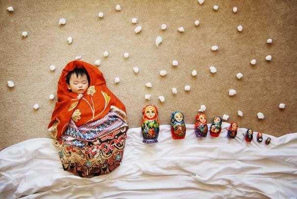 Μητέρα μετατρέπει τον ύπνο του μωρού της σε φανταστικές περιπέτειες (19)
