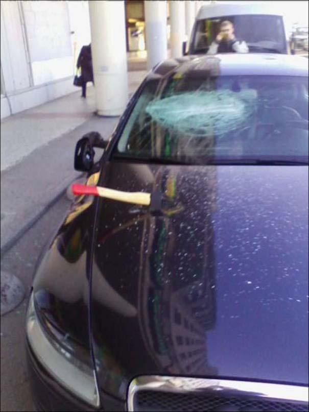Αυτά συμβαίνουν όταν χτυπάει ο συναγερμός του αυτοκινήτου σου όλη τη νύχτα (2)