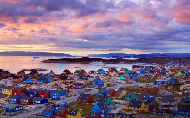 Πολύχρωμο χωριουδάκι στη Γροιλανδία | Φωτογραφία της ημέρας