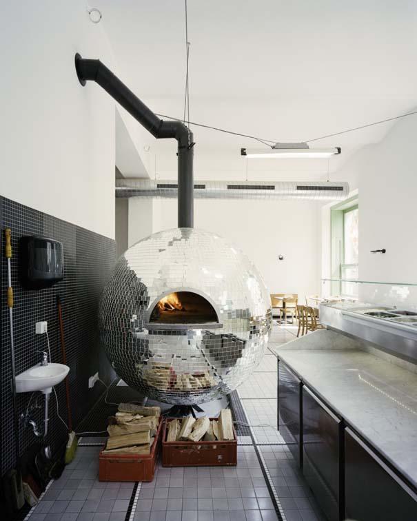 Πιτσαρία με φούρνο ντισκομπάλα (9)