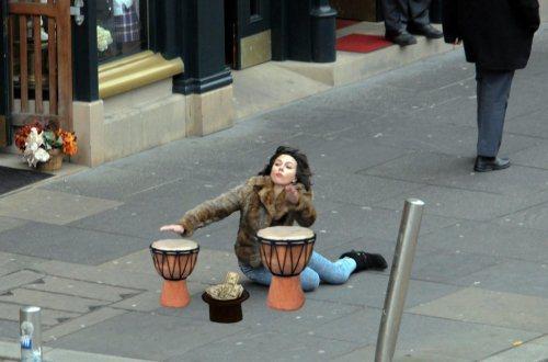 Η Scarlett Johansson έπεσε... και το Internet ανέλαβε δράση! (3)