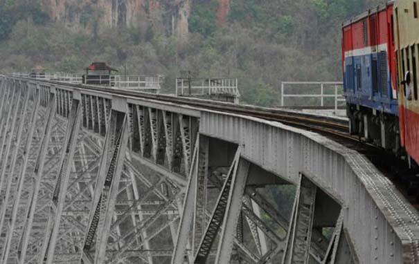 Ένας σιδηρόδρομος στον ουρανό (5)