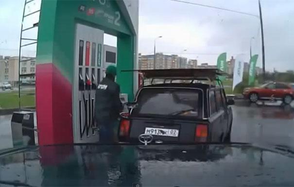 Ο πιο θεότρελος βενζινάς στη Ρωσία