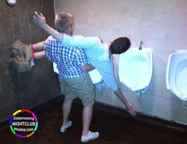 Τραγικές και αστείες στιγμές σε Clubs (14)