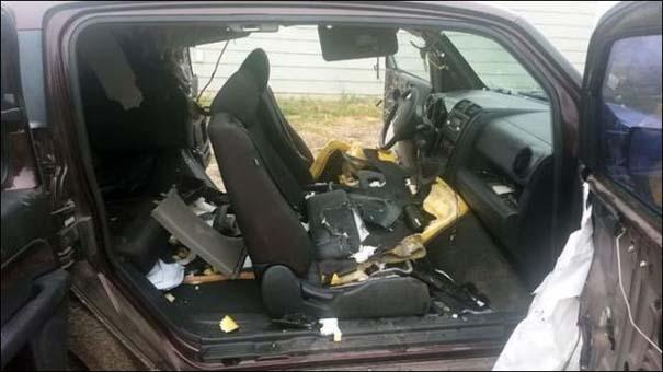 Αυτοκίνητο μετά την επιδρομή αρκούδων (8)