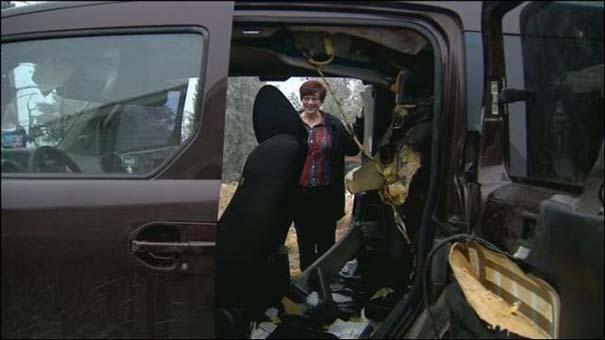 Αυτοκίνητο μετά την επιδρομή αρκούδων (12)