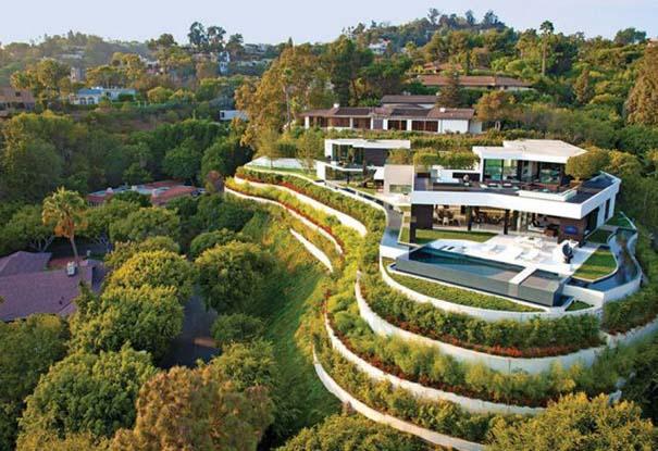 Εκπληκτική έπαυλη στην Καλιφόρνια με υπέροχη θέα (1)