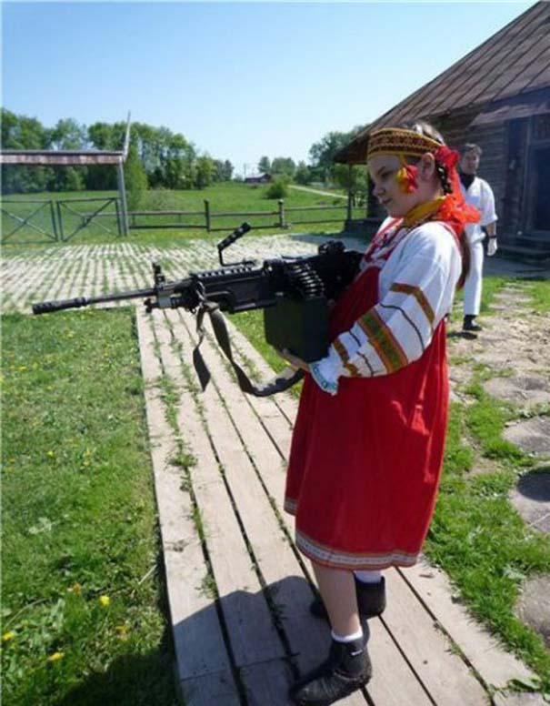 Εν τω μεταξύ στη Ρωσία... (14)