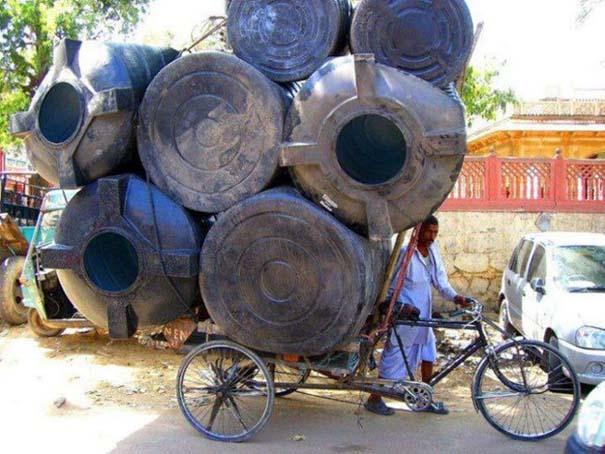 Εν τω μεταξύ στην Ινδία (2)