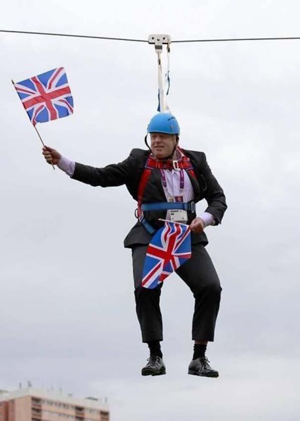 Εν τω μεταξύ στη Βρετανία... (30)