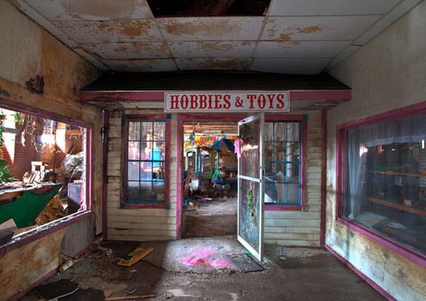 Φωτογραφίες από εγκαταλελειμμένα εργοστάσια παιχνιδιών (6)