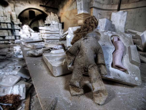 Φωτογραφίες από εγκαταλελειμμένα εργοστάσια παιχνιδιών (8)