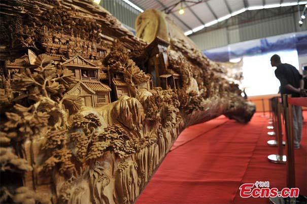 Το μεγαλύτερο γλυπτό από ένα κομμάτι ξύλο που έχετε δει (1)