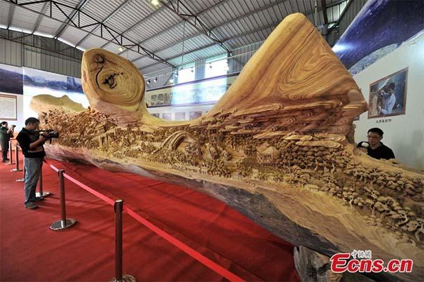 Το μεγαλύτερο γλυπτό από ένα κομμάτι ξύλο που έχετε δει (3)