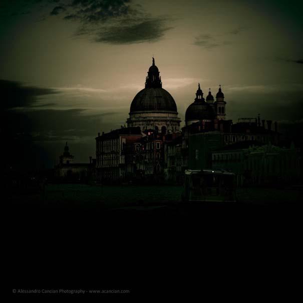 Μυστηριώδεις φωτογραφίες της Βενετίας στο σκοτάδι (2)