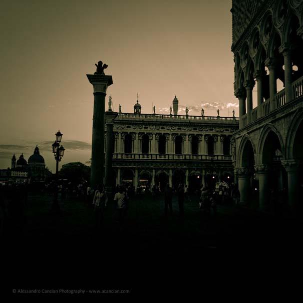 Μυστηριώδεις φωτογραφίες της Βενετίας στο σκοτάδι (3)