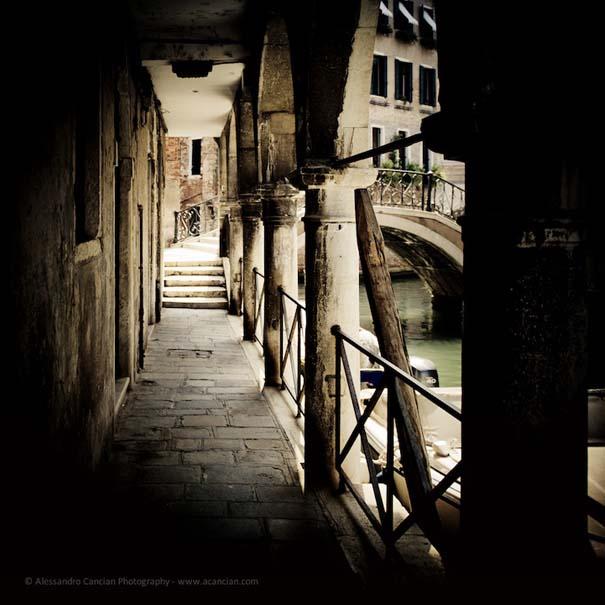 Μυστηριώδεις φωτογραφίες της Βενετίας στο σκοτάδι (7)