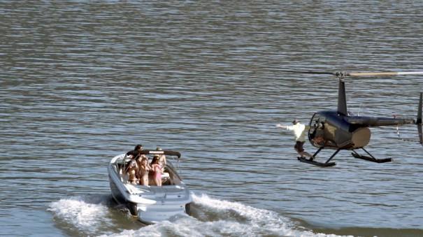 Κυνηγώντας το όνειρο με ελικόπτερο | Φωτογραφία της ημέρας