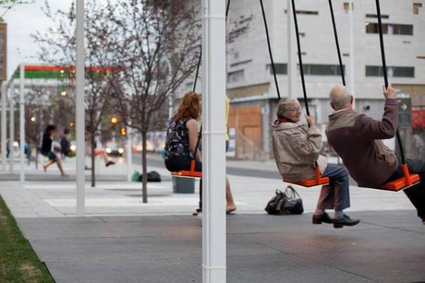 Η πιο διασκεδαστική στάση λεωφορείου στον κόσμο | Φωτογραφία της ημέρας