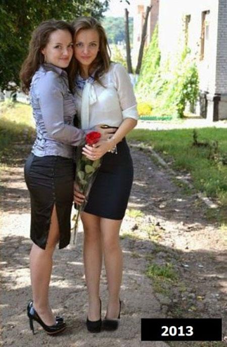 Μπορείτε να μαντέψετε τι σχέση έχουν αυτά τα δύο κορίτσια;