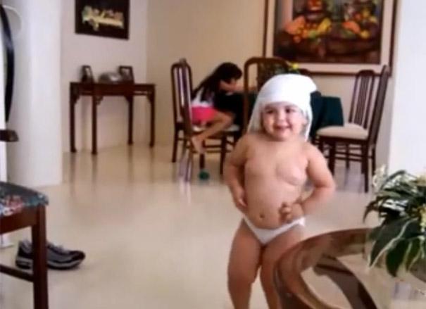 Χορευταράδες από κούνια