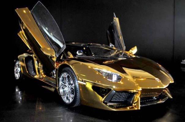 Χρυσή Lamborghini μινιατούρα (6)