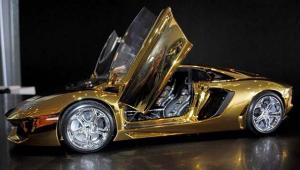 Χρυσή Lamborghini μινιατούρα (10)
