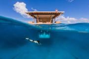 Υποβρύχιο δωμάτιο σε πλωτό ξενοδοχείο στην Αφρική (1)
