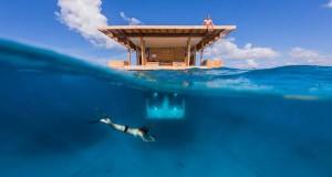 Εκπληκτικό υποβρύχιο δωμάτιο σε πλωτό ξενοδοχείο