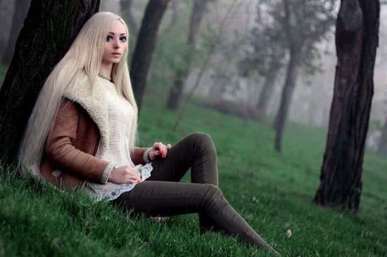 Alina Kovaleskaya: Μια ζωντανή κούκλα από την Ουκρανία (3)