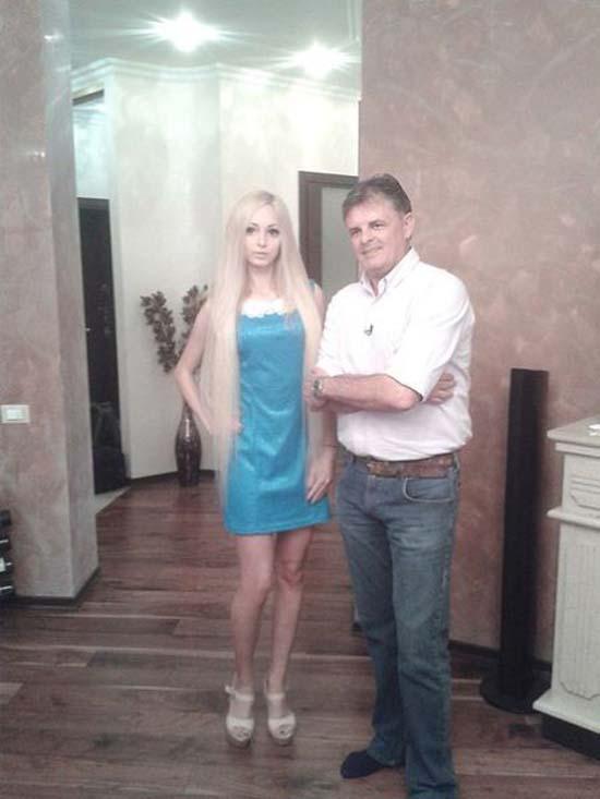 Alina Kovaleskaya: Μια ζωντανή κούκλα από την Ουκρανία (4)