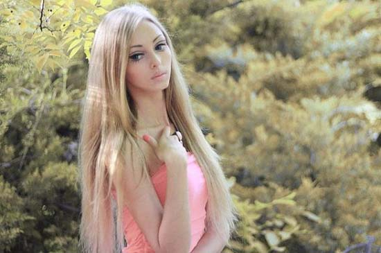 Alina Kovaleskaya: Μια ζωντανή κούκλα από την Ουκρανία (5)