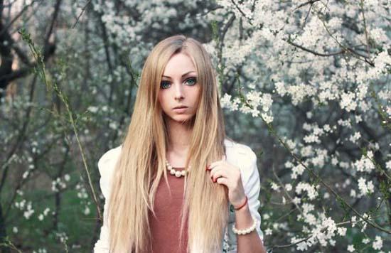 Alina Kovaleskaya: Μια ζωντανή κούκλα από την Ουκρανία (6)
