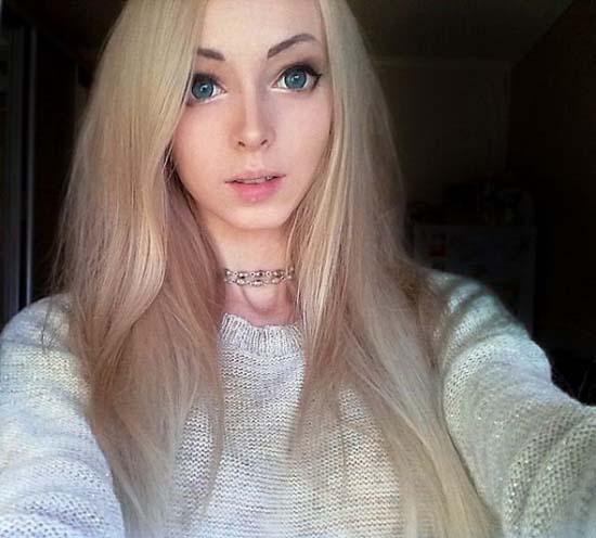 Alina Kovaleskaya: Μια ζωντανή κούκλα από την Ουκρανία (2)
