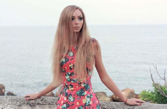 Alina Kovaleskaya: Μια ζωντανή κούκλα από την Ουκρανία (7)