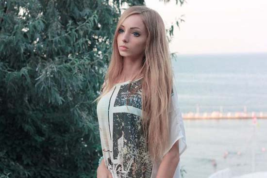 Alina Kovaleskaya: Μια ζωντανή κούκλα από την Ουκρανία (10)