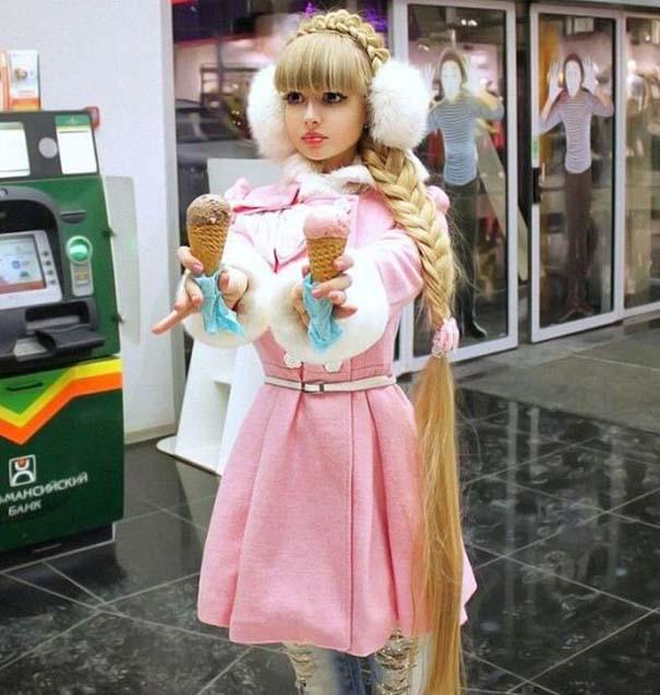 Άνθρωποι που είχαν ως όνειρο να μεταμορφωθούν σε... κούκλες (8)