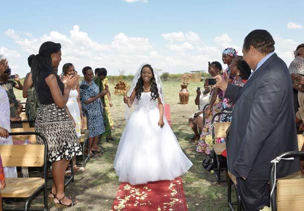 Ένας απίθανος γάμος στη Ζιμπάμπουε (8)