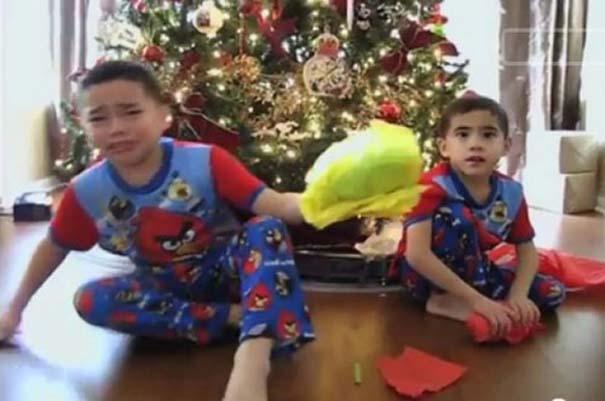 Απογοήτευση από χριστουγεννιάτικα δώρα (6)