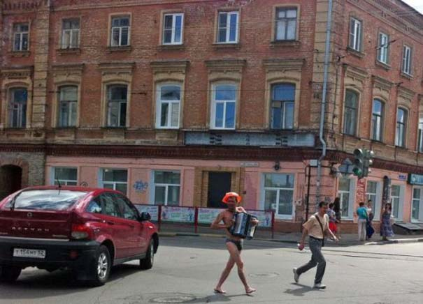 Εν τω μεταξύ στη Ρωσία... (18)