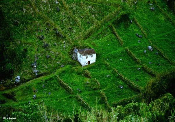 Εντυπωσιακά σπίτια μακριά από τον πολιτισμό (31)