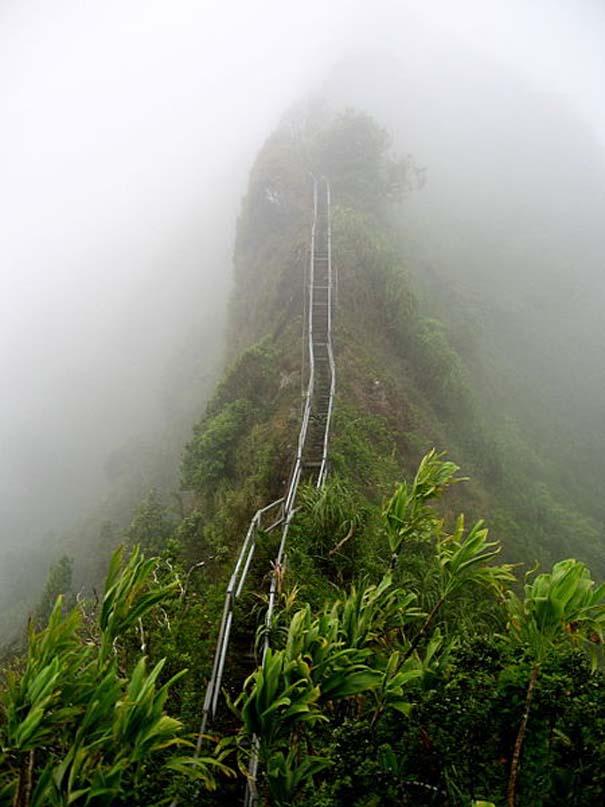 Haiku Stairs (2)