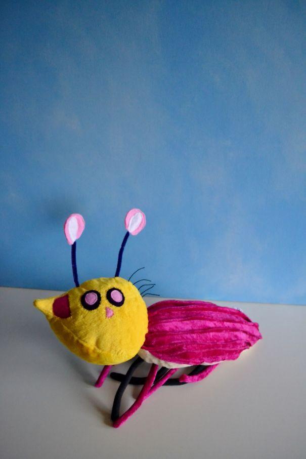 Καλλιτέχνιδα μετατρέπει τις ζωγραφιές παιδιών σε λούτρινα παιχνίδια (17)