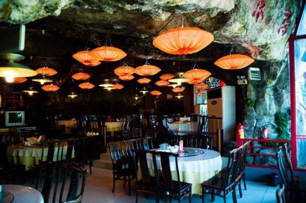 Κινέζικο εστιατόριο κρέμεται πάνω από τον γκρεμό (8)