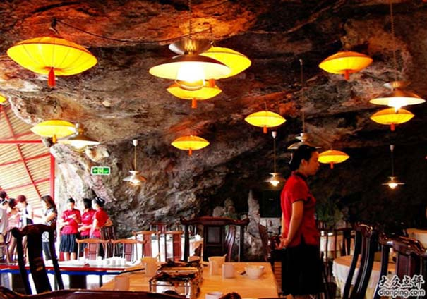 Κινέζικο εστιατόριο κρέμεται πάνω από τον γκρεμό (9)