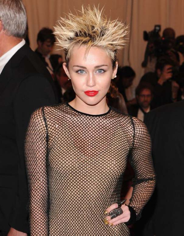Η μεταμόρφωση της Miley Cyrus (19)