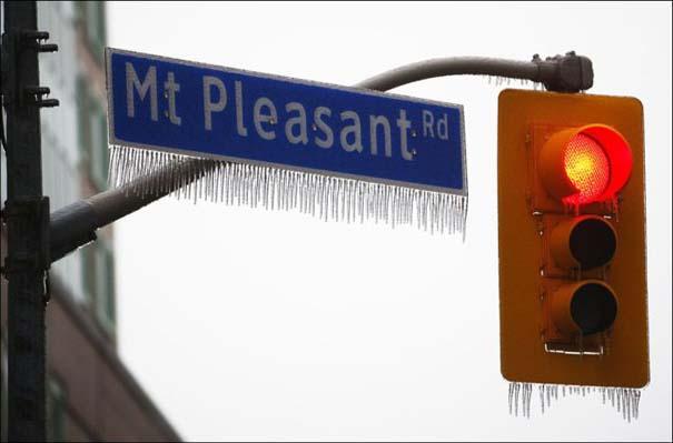Εντυπωσιακές εικόνες που άφησε πίσω της μια παγοθύελλα στον Καναδά (9)